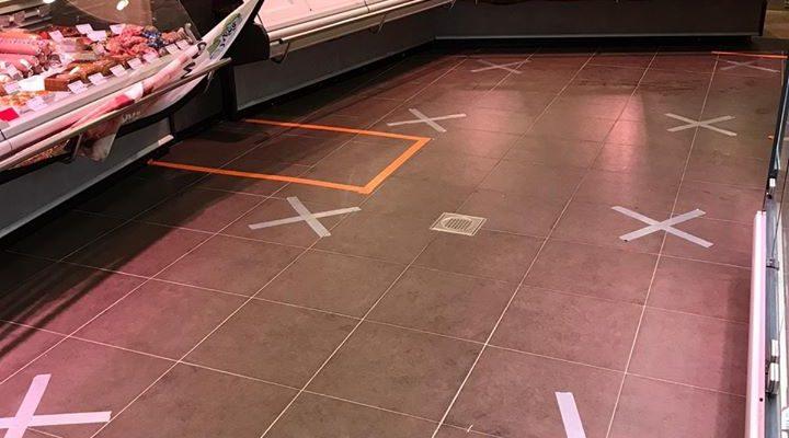 keurslager van wijk kruizen op de vloer