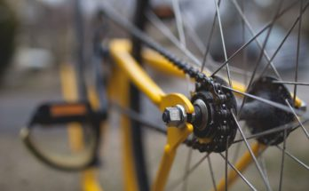 mishandeling westkanaalweg wielrenner